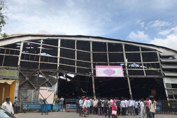 Why was Hyds Gowliguda hangar allowed to collapse when it could have been restored