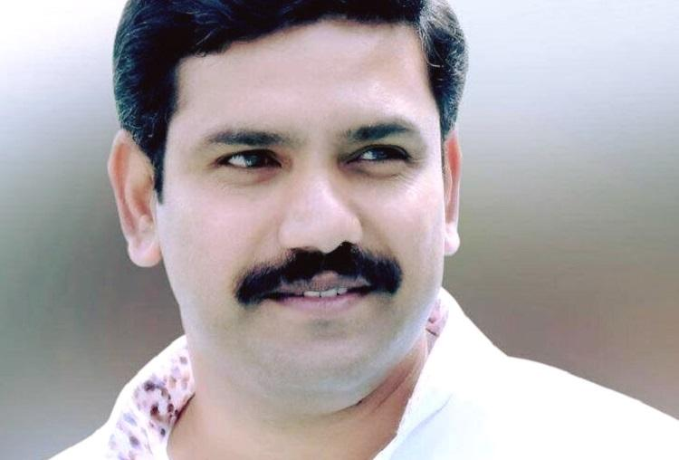 Not Yeddyurappas son but another BJP leader submits affidavit from Varuna