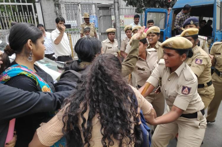 Sit-down protests with conditions but no marches allowed Bengaluru Commissioner