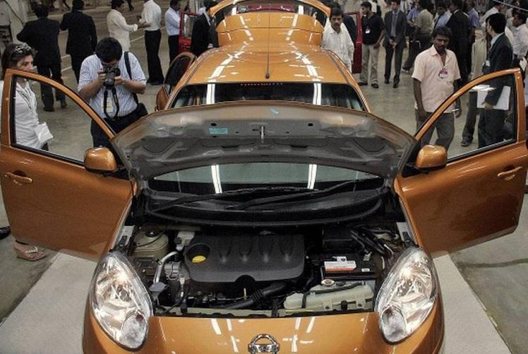 5000 contract employees laid off TN auto industry faces crisis due to slowdown
