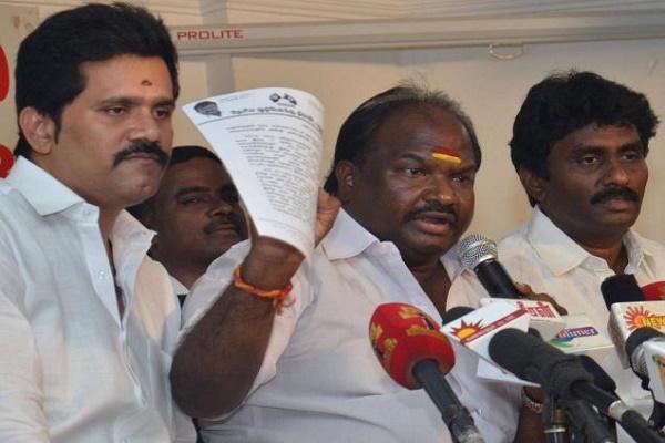 DMDK rebels announce merger with DMK finally