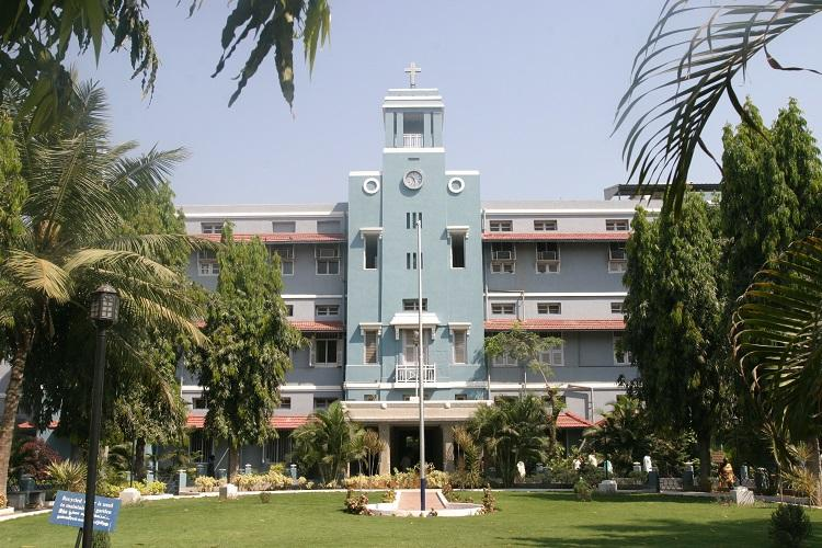 CMC Vellore suspends admissions for MBBS courses over NEET