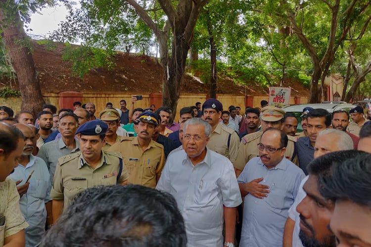 Hundreds turn up in Thiruvananthapuram to pay homage to journalist KM Basheer