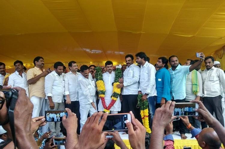 TDP MP CM Ramesh begins indefinite hunger strike demands steel plant for Kadapa