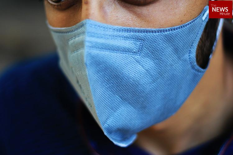 Amid outbreak, Health Ministry recommends homemade face masks