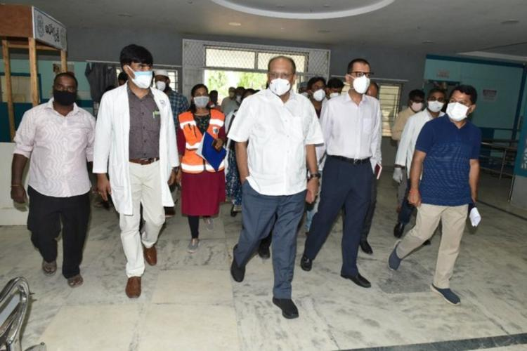 Telangana CS Somesh Kumar during his latest inspection at a government hospital in Hyderabad