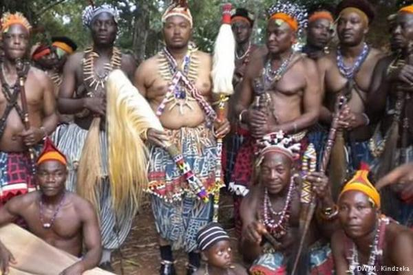 Cameroons polygamy tradition Where the heir takes over the fathers wives
