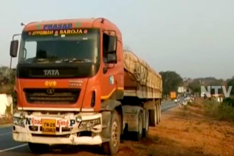 Five Dappu artistes killed in AP after overspeeding lorry crashes into them