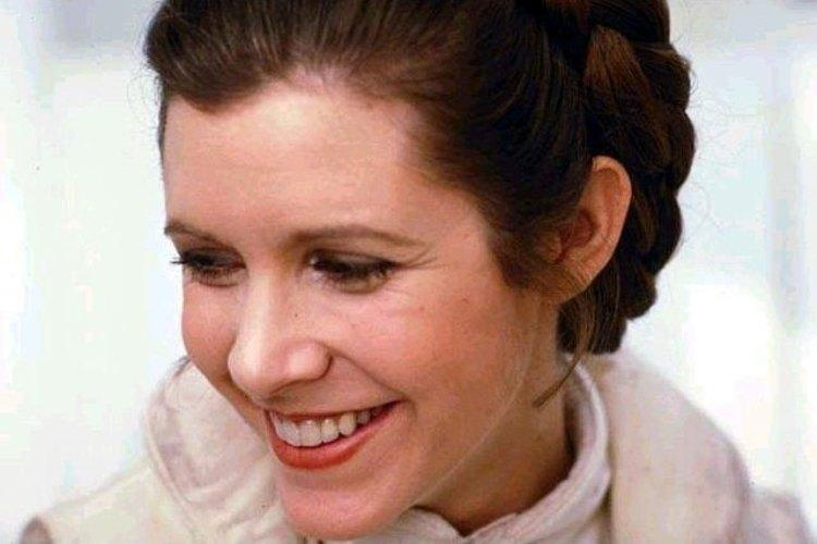 Iconic Star Wars actress Carrie Fisher dies at 60 tributes pour in
