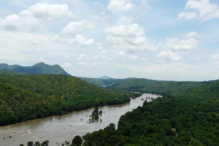 Karnataka Maharashtra to set up panel to manage floods during monsoon