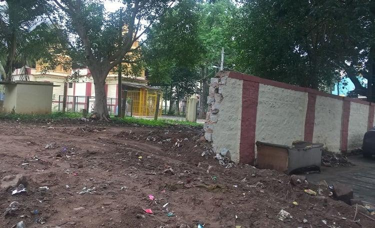 To make way for Indira Canteen Bengaluru civic authorities raze wall of 300-year-old temple