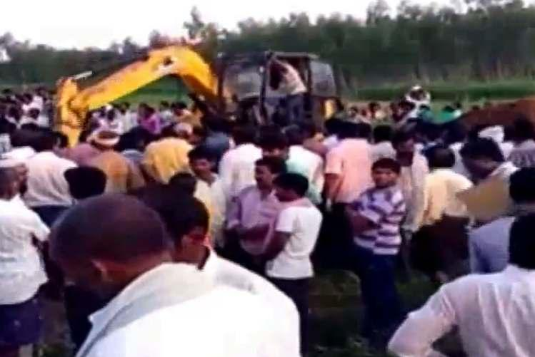 Two-year-old falls into unused borewell in Andhra NDRF rushes to the rescue