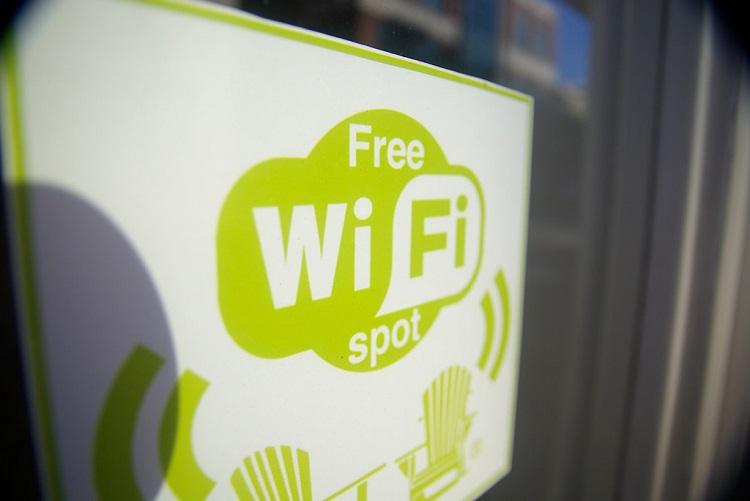 Karnataka govt plans to set up free WiFi service in 11 cities but will it work