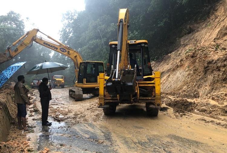 Charmadi Ghat Road connecting coastal Karnataka to rest of state closed after landslides