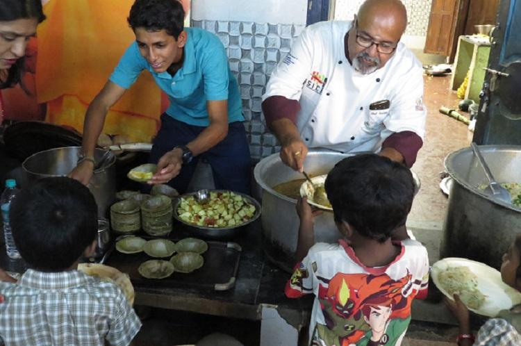 This 16-yr-old from Singapore uses his culinary skills to make a difference in Chennai
