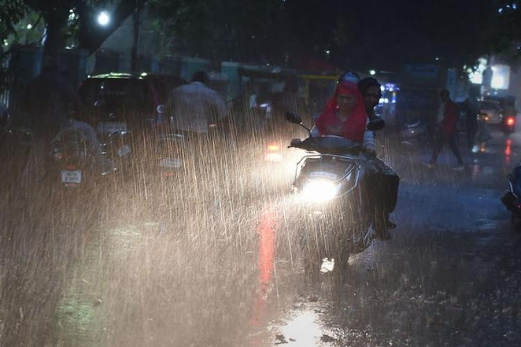 Heavy rainfall expected in Coimbatore Nilgiris light showers for Chennai