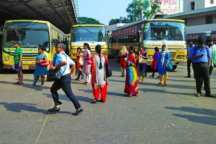 Chennais MTC bus employees go on flash strike due to non-payment of salary