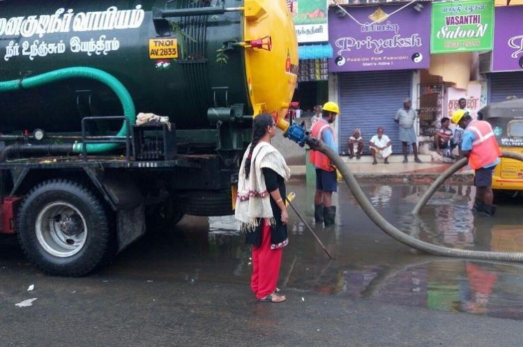 Sewage leaks into water Chennai residents cry foul Metrowater blames it on science