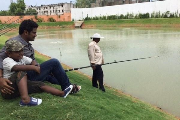 Fishing in the heart of Chennai city Dont be skeptical its true