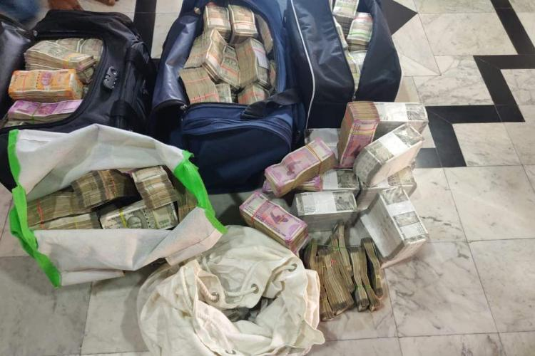 Cash recovered from Chettinad group IT raids