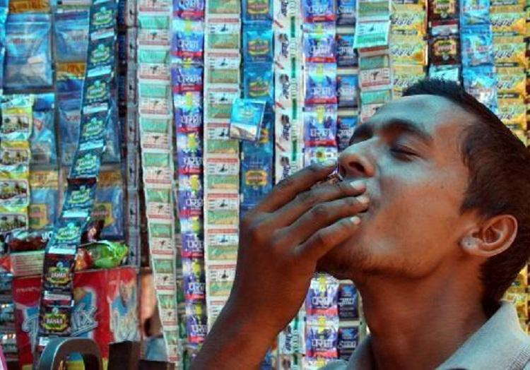 Bengaluru lawyers collective to send CM ultimatum to ban chewing tobacco