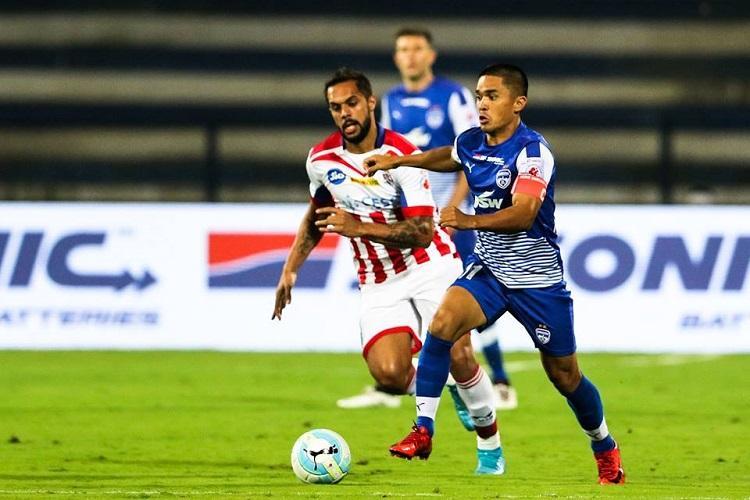 ISL: Sunil Chhetri's super strike vs ATK takes Bengaluru FC to top