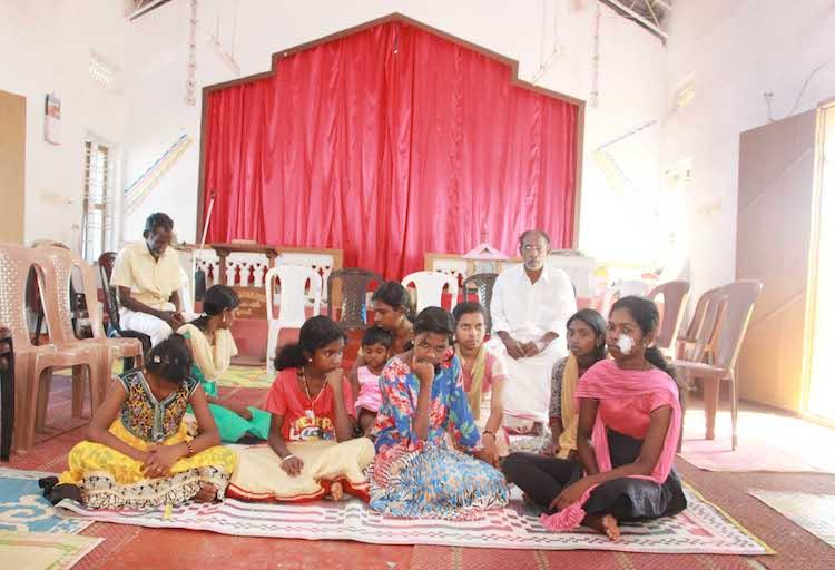 12 girls and families trapped in Kerala church for 2 weeks fearing DYFI violence