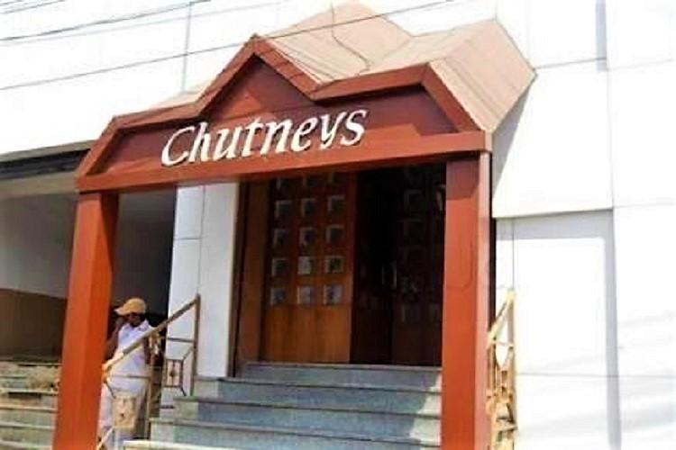 Hyderabads Chutneys restaurant gets notice for choking manhole in Panjagutta