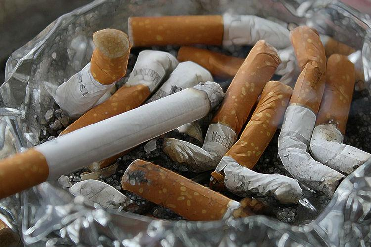 One million people in France quit smoking past year