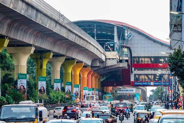 Bengaluru Metro Pillars picture from MG road