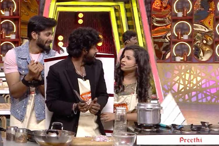 Screenshot of reality show Cook with Comali season 2 showing Shivangi and Ashwin