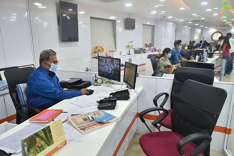 All PSU bank mergers to come into effect from April 1 RBI