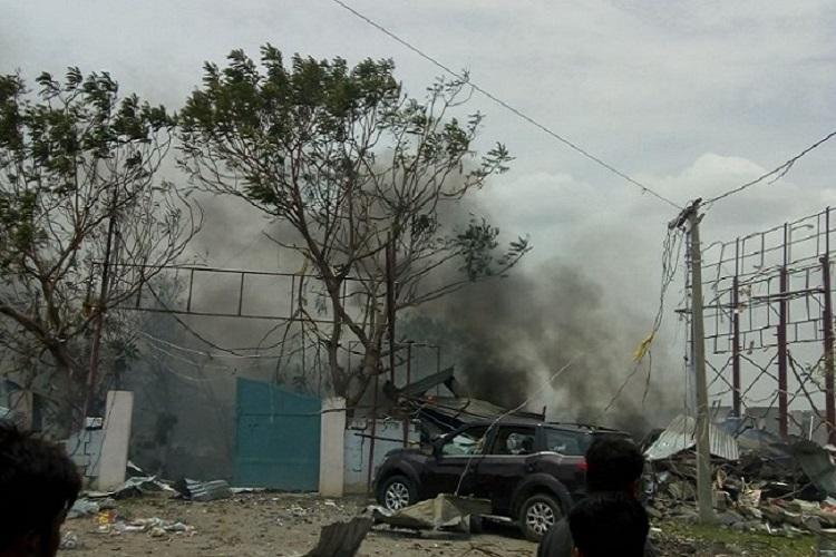 Massive fire breaks out in Warangal cracker factory 10 killed