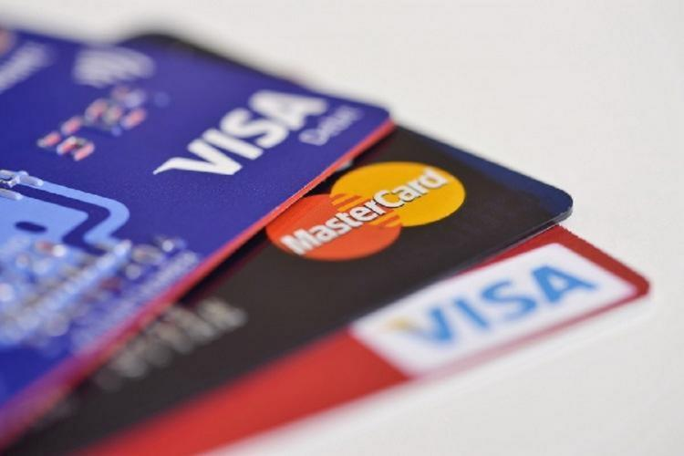 How Credit Cards Help You Build Your Credit Score