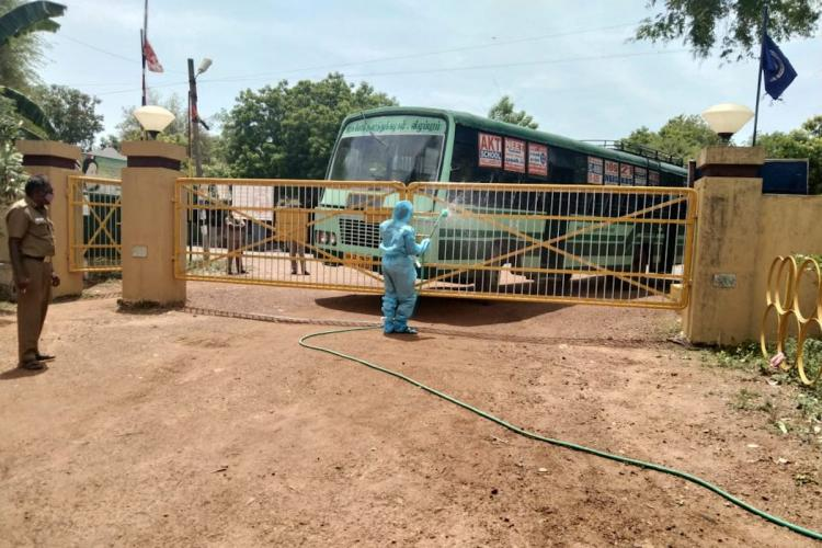 TN couple gets coronavirus positive report onboard bus co-passengers panic and flee