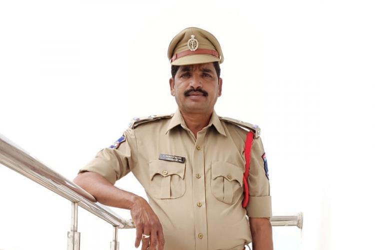 An image of ASI Mahipal Reddy in his uniform
