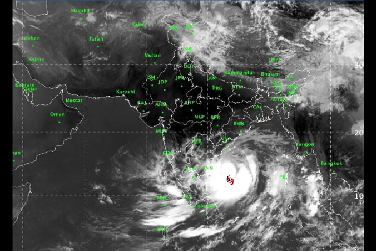 Cyclone 'Fani': Andhra govt on alert, braces for impact