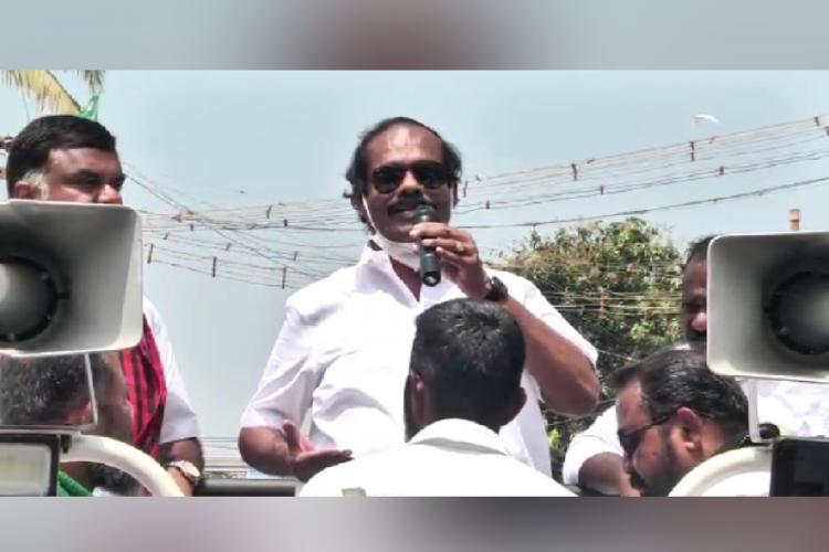 Dindigul I Leoni campaigning for DMK candidate Karthikeya Sivasenapathy