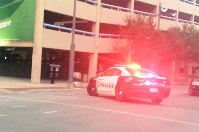 Video Snipers shoot cops at Texas BlackLivesMatter rally five officers dead