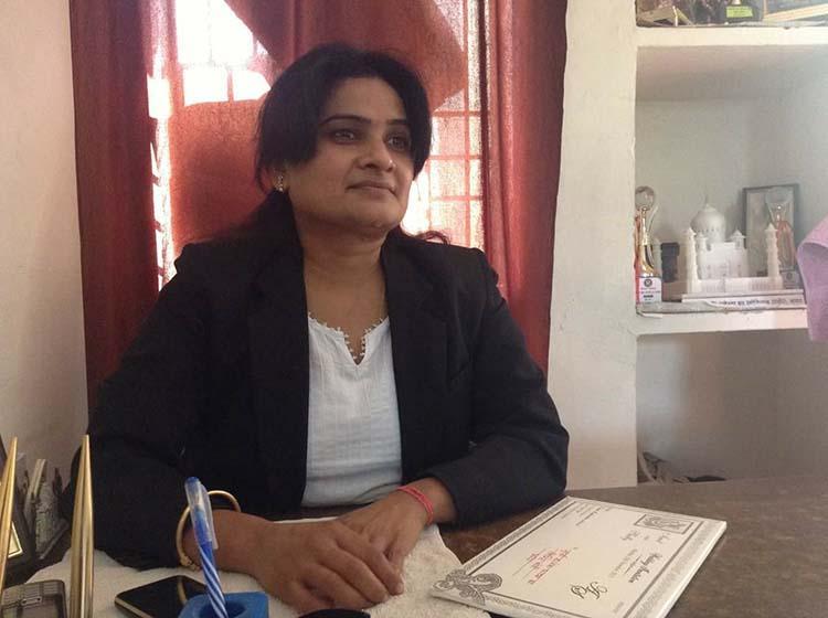 UPs first female Bar Council chief Darvesh Yadav shot dead in Agra court