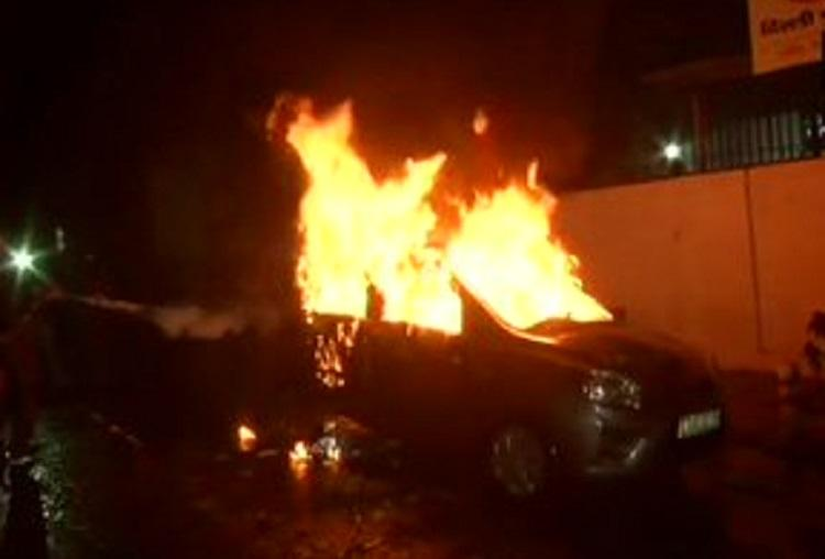 Car torched in Daryaganj in Delhi after violence in CAA protests