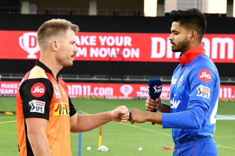 Sunrisers Hyderabad captain David Warner and Delhi Capitals captain Shreyas Iyer seen doing a fistbump