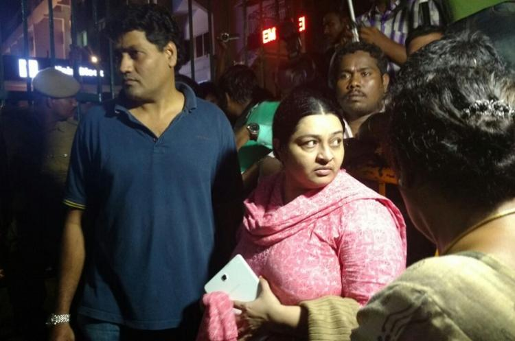As Jayalalithaas condition deteriorates niece Deepa Jayakumar denied entry at Apollo