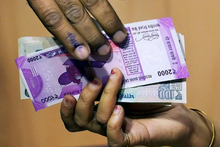 All cash withdrawal limits go back to pre-note ban days