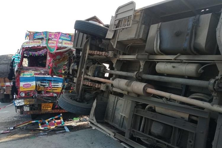 Six dead 10 injured after truck collides with bus in Ktaka