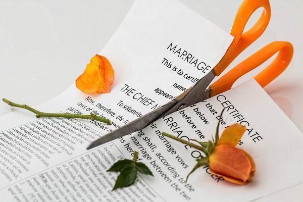Talaq through Whatsapp email Telangana qazis want an end to one-sided divorces