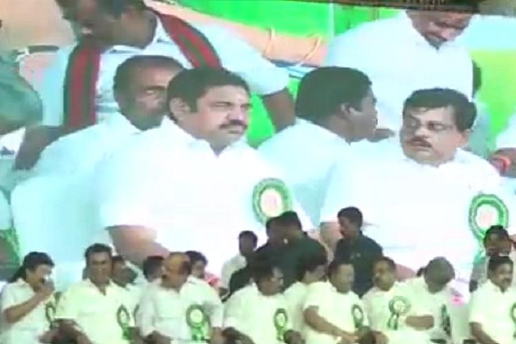 AIADMK MLAs fight over chair on dais at Tirupur event CM Edappadi plays peacenik