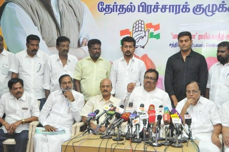 EVKS Elangovan blames EVMs Election Commission for his Theni defeat