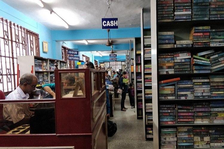 Final chapter As Eloor Library shuts its doors loyalists say goodbye to a friend