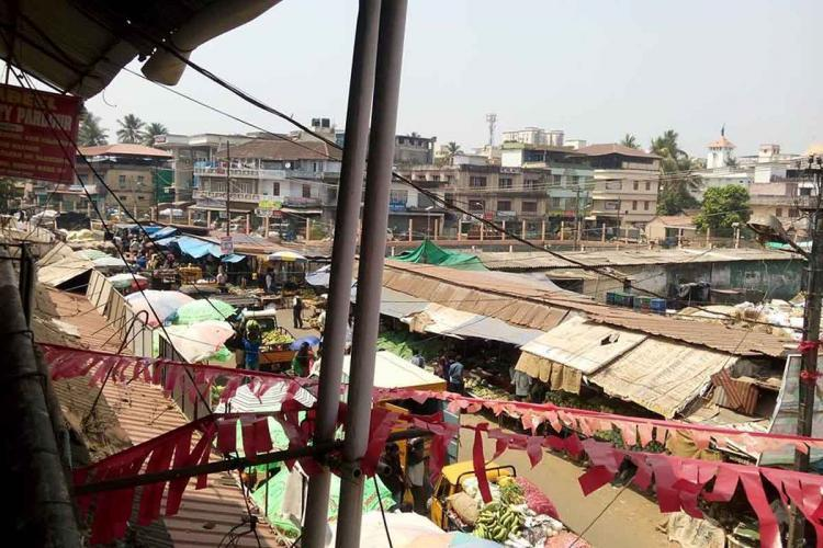 Ernakulam market reopens partially after 20 days